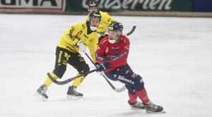 Simon Jansson höll stilen – men hade ingen vidare lycka med ett antal skott i matchen.