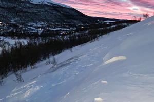 Vargstupet är ett offpistområde som ligger i skidområdet i Tänndalen. Där var anläggningens lavintekniker ute måndag morgon och sprängde för att skapa en konstgjord lavin och få bort lavinfaran. Foto: William Jonasson, Tänndalen.