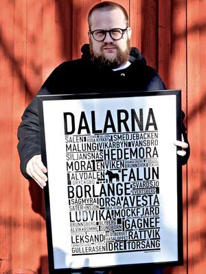 """""""Totalt har vi sålt tusentals med posters från de olika orterna i Dalarna"""" säger David Thornell.Foto: Privat"""