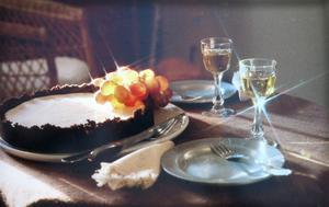 Bilden var räddad och det var bara att smaka kakan. Foto: Lasse Halvarsson