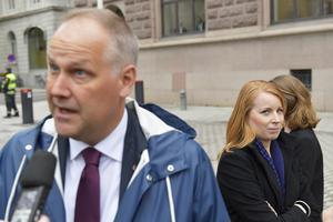 Vänsterpartiets partiledare Jonas Sjöstedt och Centerpartiets Annie Lööf. Foto: Jessica Gow, TT.