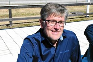 Jan Palander, Vansbrosimningens generalsekreterare, påpekar att alla ska känna sig välkomna till Vansbrosimningens evenemang.