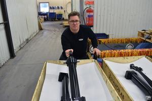 Hydralcylindrar är den stora produkten hos Edvin Larssons mekaniska, men nu vill Fredrik Bertils bredda utbudet av produkter.
