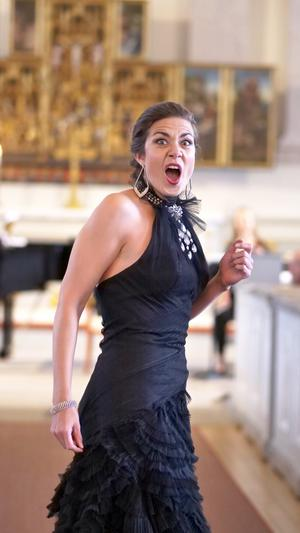 Agnes Wästfelt sjunger Nattens Drottning ur Mozarts Trollflöjten. Foto: Viktor Olaus Nygård