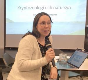 Forskaren Sanna Händén Svensson, från Lunds Universitet, redovisade dagsläget för sin kommande avhandling.  Foto: Carina Grahn Hellberg