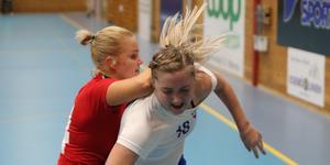 Louise Eriksson mötte tufft motstånd i derbyt mot forna lagkamraten Emma Carlssons Skånela.