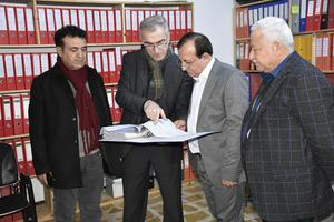 I staden Alqosh och i Erbil finns Shlomos kontor med mängder av information i pärmar. Foto: Shlomo Organization for Documentation.