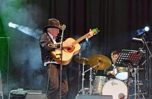 Doug Seegers spelar i Sandviken.