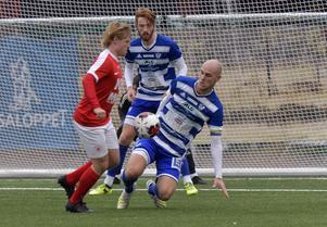 Joakim Kullberg har inga planer på att sluta spela fotboll, konstaterar han.