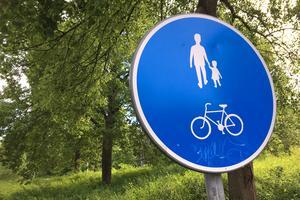 Skribenten vill göra det lättare att cykla i Södertälje.