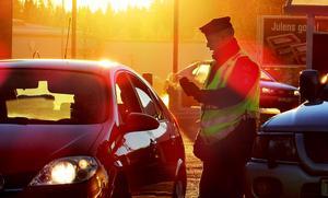 Flera personer stoppades under natten mot söndag misstänkta för rattfylleri.