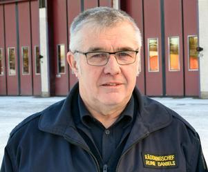 Rättviks räddningschef Rune Daniels är lättad sedan polisen klarat upp förra veckans anlagda bränder.