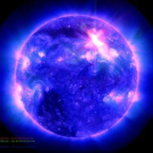Kraftiga solstormar kan påverka elektronik på jorden. Bild: NASA