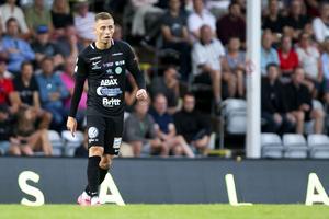Petar Petrovic gjorde sin debut för VSK borta mot J-Södra. Foto: Axel Boberg / Bildbyrån.