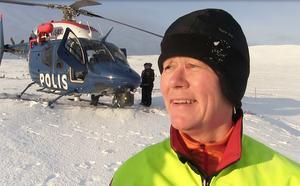 Urika Wärvik lägger ner många timmar på jobbet som hundförare och fjällräddare.
