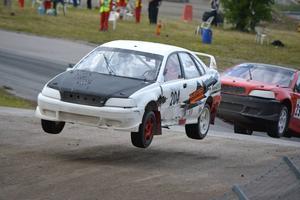 """Erik """"Budda"""" Wigren körde fort i Strängnäs men hade otur. Missade en finalplats när ena bakhjulet trillade av."""