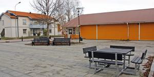 Torget i Valskog ska få fler sittplatser.