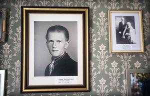 Jonas Nätterlunds porträtt i bystugan i Rössjö.