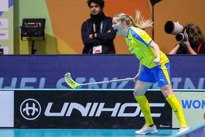 Moa Gustafsson jublar efter ett av sina mål. Photo: Per Wiklund / BILDBYRÅN