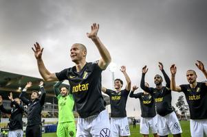 AIK och alla andra elitlag kan få spela tävlingsmatcher i sommar, enligt uppgifter till Expressen och Aftonbladet. Arkivbild.