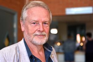 Lennart Sohlberg (S) anser att det vore oansvarigt att ta ställning innan man fått se helheten på exakt vad man ska ta ställning till.