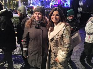 Carola Häggkvist var en av artisterna på O helga natt. Efter showen träffade hon några av sina fans.