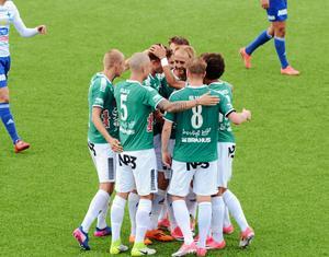Brage stod till sist som segrare i genrepet mot Karlstad efter en galen match.