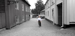 Moa Lundberg Ahlgren var på 1800-talsveckan och älskade att gå runt i tidstypiska kläder och känna miljön.