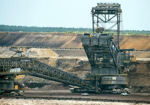 Brytning av brunkol i Wezkow som bränns i en kraftverk, tidigare ägt av Vattenfall.
