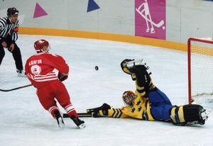 Tommy Salos straffräddning i finalen mot Kanada 1994 är en klassiker. Foto: TT