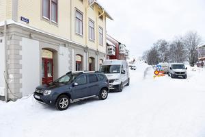 Bygget av Mitthems lägenheter har medfört att kommunen stängt av Nygatan.