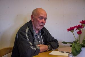 Hemtjänstens nedläggning väcker oro bland PRO:s medlemmar förklarar Hans-Erik Larsson, Gnarp.