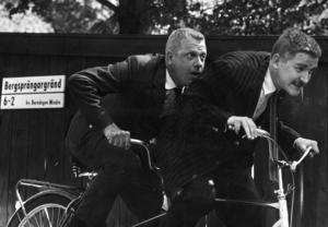 Tage Danielsson och Hans Alfredson var vänner och kollegor i nästan 30 år, fram till Tages död 1985. Pressbild: Bengt Michanek