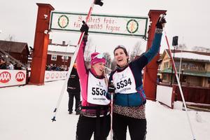 I mål. Sara Thunmarker  Telde och Anna Klint kände sig, som segrare redan i Eldris.