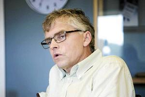 Länets fjällräddare har uppvaktat riksdagens skatteutskotts ordförande Per Åsling (C).