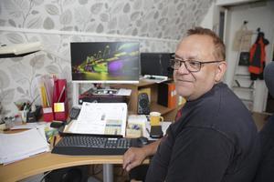 Michael Larsson har vissa förhoppningar om att plantjuvarna nu kommer att hålla sig borta efter att deras aktiviteter blev avslöjade av hans arbetsledare.