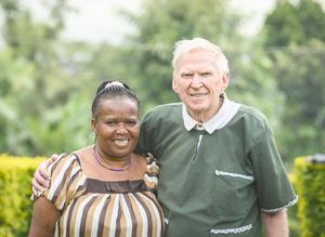 I Tanzania har Carl-Erik Sahlberg startat hjälpverksamhet tillsammans med sin hustru Overa. Foto: Magnus Aronson