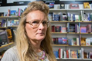 Gunilla Pålstam är butikschef i Östersunds äldsta detaljhandel, Hübenettes bokhandel, som bland annat nischat sig på lokal litteratur.