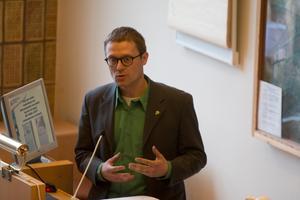Peter Ristikartano sitter på Miljöpartiets andra mandat i Hallstahammars kommunfullmäktige. Han fortsätter som andranamn på listan inför höstens val.