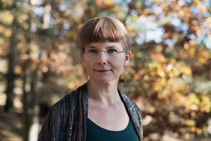 Lina Sjöberg är teologie doktor med inriktning på den hebreiska bibeln som litteratur.