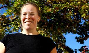 Jenny Sellén Lindkvist fäktade  till sig sin första SM-guldmedalj i historisk fäktning (hema).