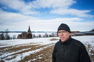 Bertil Sundvisson är en av de nya medlemmarna i Hackås skoterklubb. Han säger att ordförande Kent Karlssons agerande är mycket odemokratiskt.