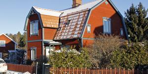Storgatan 33 i Kungsör har bytt ägare för 1 375 000 kronor.