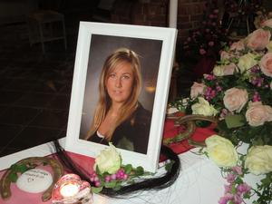 Sorgen får Helena Karlsson leva med. Hon kan aldrig få Nina tillbaka, men vill berätta hennes historia. Foto: Privat