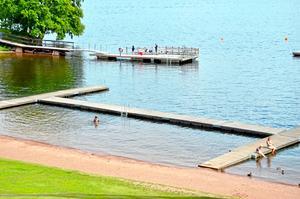 Länets avlopp bör besiktas för att hålla badplatserna rena, skriver Anders Mårtensson.