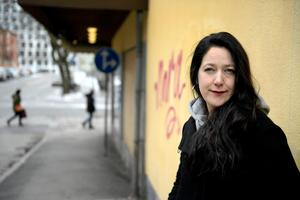 Ida Linde tänker inte på sitt skrivande som ett arbete utan mer som ett sätt att leva. Hon skriver hela tiden. Bild: Janerik Henriksson/TT
