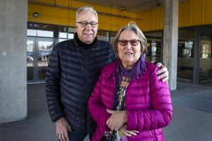 Lars Eklund och Inger Forsberg träffades på ett uteställe i Gävle.