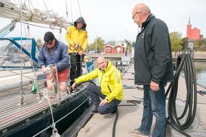 Några engelsmän på väg på långseglats till Nordnorge passade på att tanka.