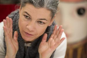 Sara Lundberg har hämtat inspiration från konstnärer med psykiska diagnoser under sitt arbete med bilderna till den nya boken