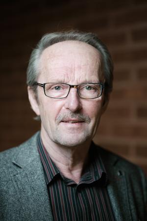 Tommy Lundqvist (C), 68 år, Rimbo. Kommunstyrelsen, Kommunstyrelsens Samhällsbyggnadsutskott, Teknik- och klimatnämnd.